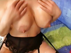 Mature cumshot very good