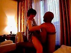 realer cuckold film hotel date