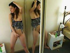 Cute brunette solo orgasm
