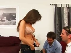 Cock lover brunette Gabriela does her best