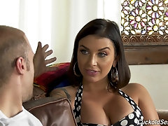 Interracial group fuck is the favorite sex game for Ivy Lebelle