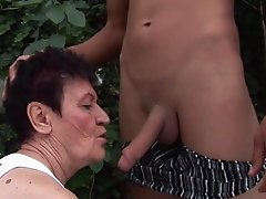 Ravishing fuck for a lusty granny