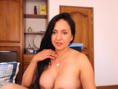 Amateur homemade porn mature milf masturbation and orgasm cu