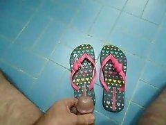 Cum on flip flops - Ipanema Love