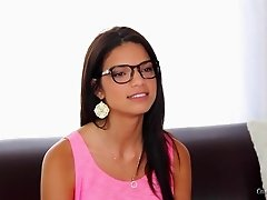 Casting couch cutie in a cropped top and glasses fucking