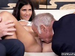 Old man fuck young girl on the couch