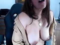Pretty big boobs Layla fingering juicy snatch