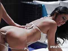 Black haired sexy mommy Soraya Rico fucks with her BF by the pool