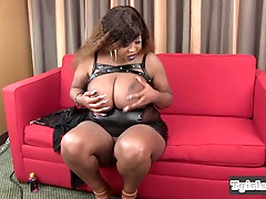 Dirty black bbw shemale fondling her cock