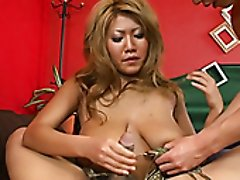Saggy tittied Asian seductress Rui Akiyama gives blowjob and titjob