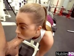 Kinky lady is banging her tinder rendezvous in the gym and loving every 2nd of it