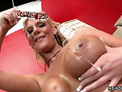 Busty MILF Phoenix Marie wants to feel a glass dildo up her twat