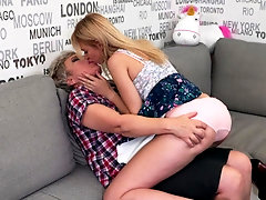 Blonde lesbians Kelsi and Klaudia D. lick and finger each other