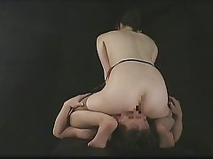 hotlegs-facesitting handjob asian