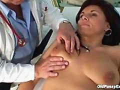 Brunette milf pussy exam at gyno